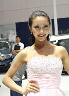 甜美淑女型车模