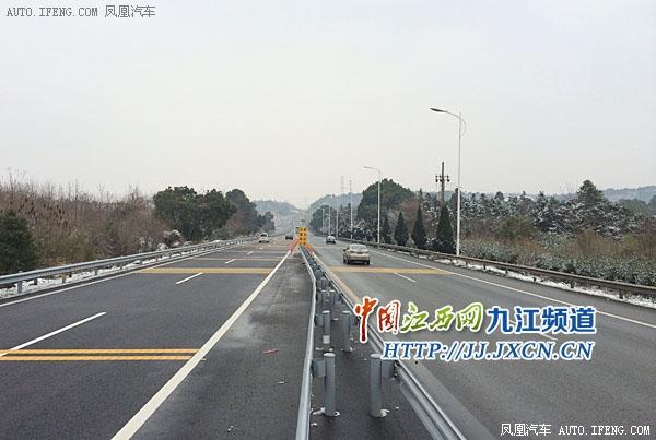 九江二桥接口存隐患