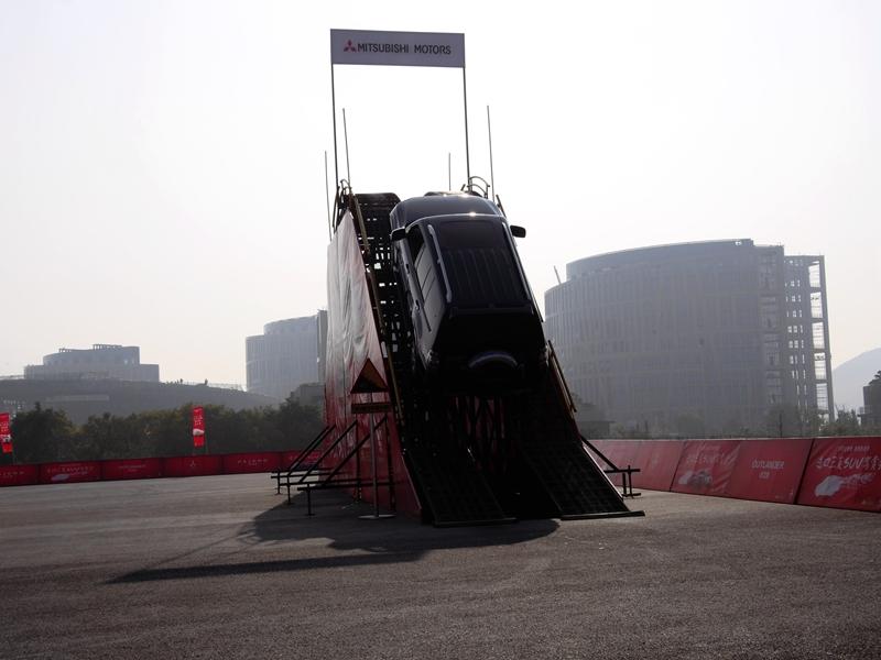 体验巅峰 三菱SUV驾赏会杭州站圆满落幕高清图片