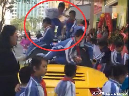 深圳保时捷911成蹦床