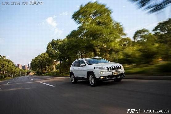 全新Jeep自由光:值!