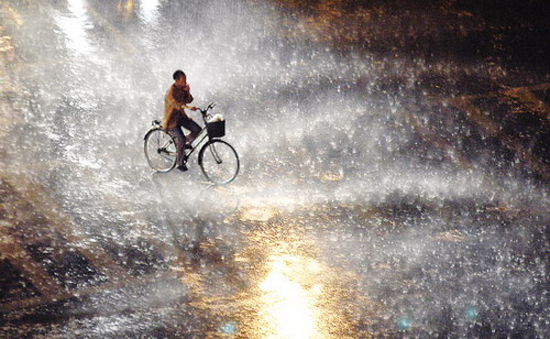 梅雨来袭 克莱斯勒30