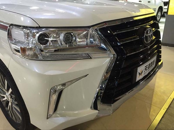 2017款丰田酷路泽4000 首爆低价直面挑战-图3