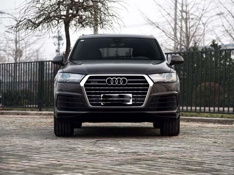 奥迪Q7最新行情 低价购车彰显不凡个性