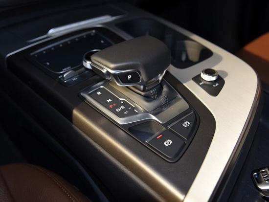 2017年奥迪q7最新价格 奥迪q7最低多少钱一辆 微笑说车