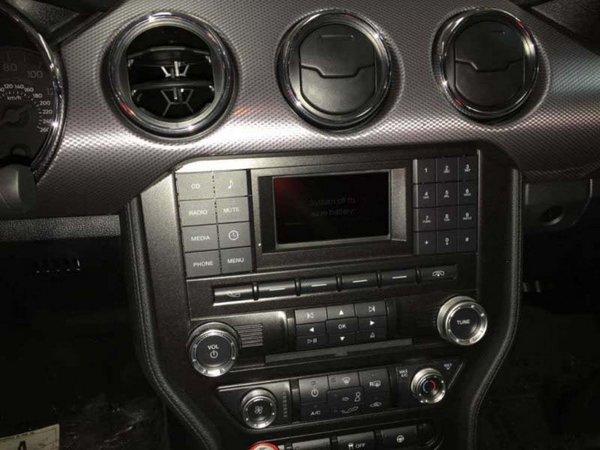 17款福特野马2.3T报价 福特野马17款暗夜版价格微笑说车