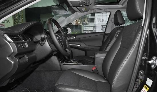 丰田凯美瑞最低报价 16款凯美瑞2.0价格