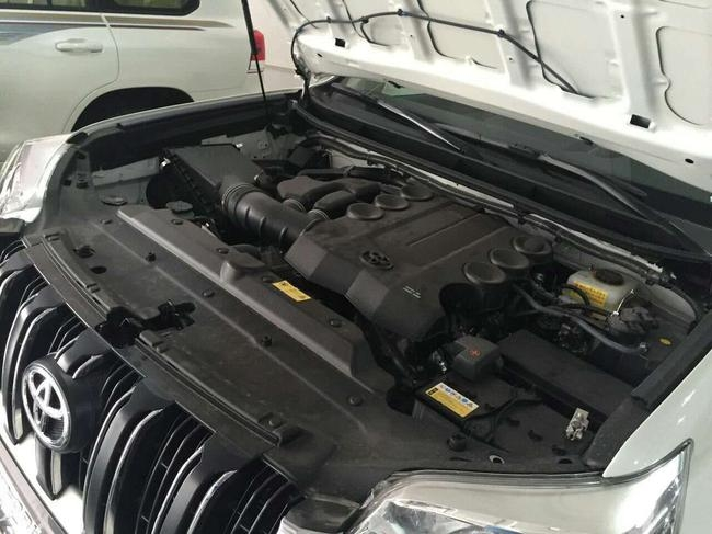 丰田普拉多4000畅销 丰田全系实力越野高清图片