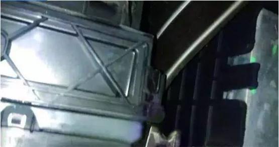 车仆优氧芯车载内置式净化器安装步骤