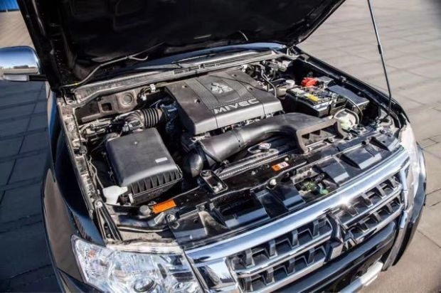 17款三菱帕杰罗v97 高性能进口品质越野