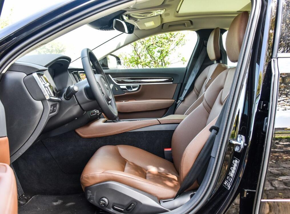 沃尔沃S90最新报价 裸车最低价团购促销高清图片