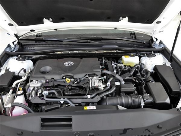 5l混合动力体系三种动力总成.凯美瑞搭载了全新的2.