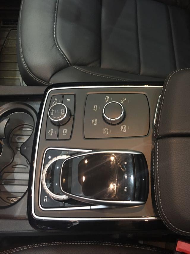 18款奔驰gls450全新配置春暖四月现车最低价格