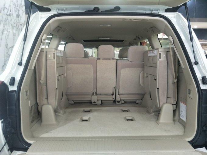 18款丰田酷路泽4000 天窗大灯清洗限量版-图8