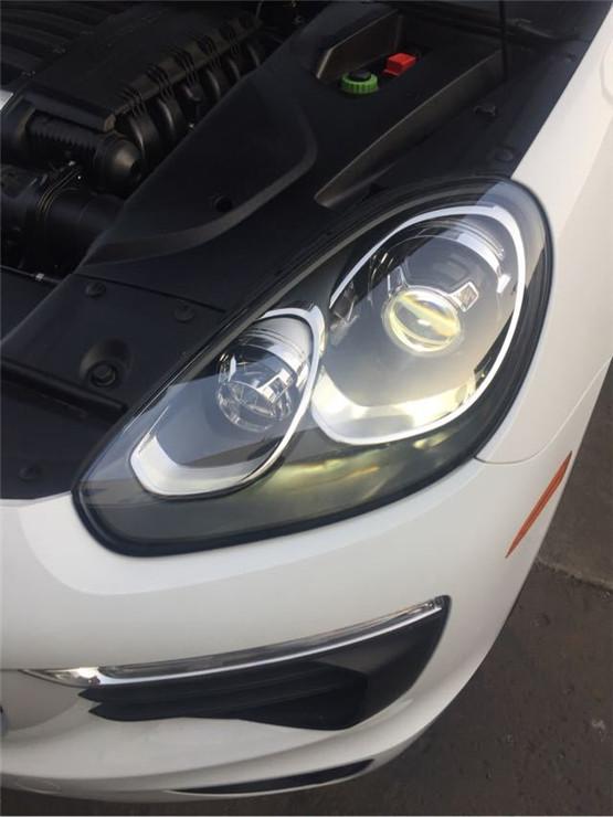 汽车自动变光电路板实物图