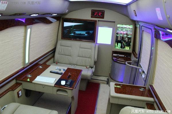 2018款丰田考斯特19座 小型巴士经典改装-图11