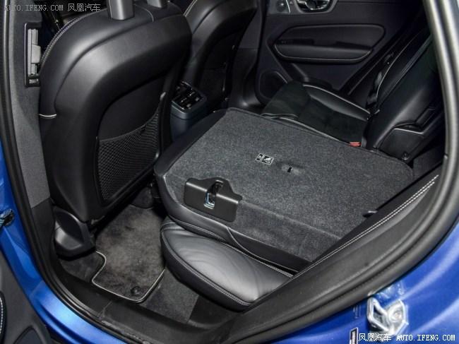 2019款沃尔沃XC60购车热线:157 1103 9114(销售部)易天