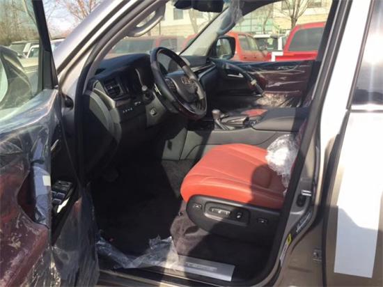 18款雷克萨斯LX570报价最低 现车津港热销