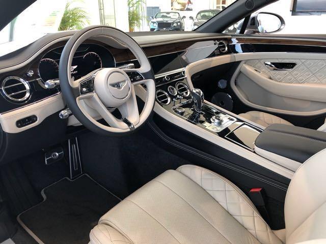 全新19款宾利欧陆GT详细配置解析实拍图