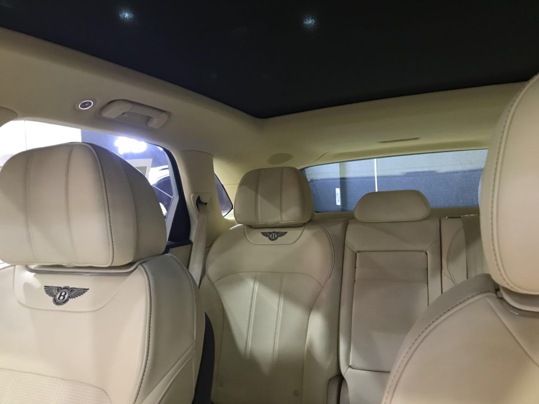 19款宾利添越4.0L汽油版订车天津平行进口报价