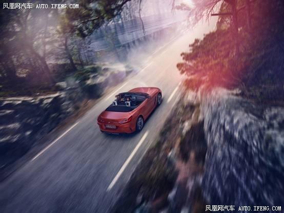 全新一代BMW Z4敞篷亮相圆石滩老爷车展