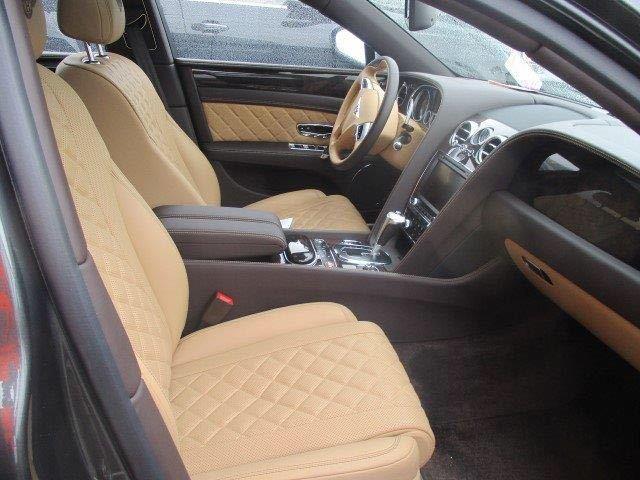 2018款宾利飞驰4.0T V8S雄浑有力霸气售