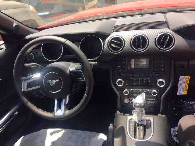 18款福特野马2.3T津港热销 赛道红配置报价