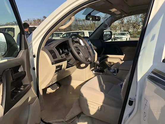 新款酷路泽4000GT版现车 最低价多少钱 批发价促销