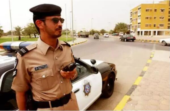 交通趣闻:科佛冈foganglao在威特竟然没有交警?!