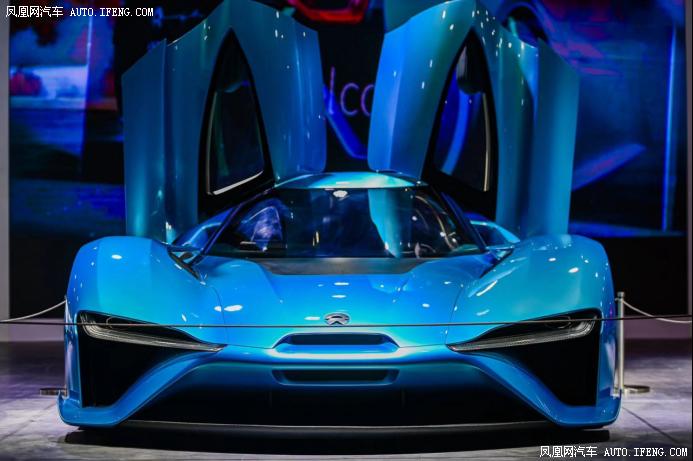 蔚来携全球最快电动汽车之一EP9亮相