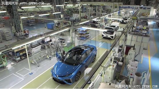 西安五一(云)车展刺激车市加速回暖 行业新闻 丰雄广告第1张