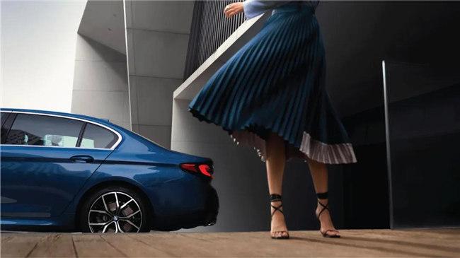 全新BMW5系改款上市 售价42.39万元起