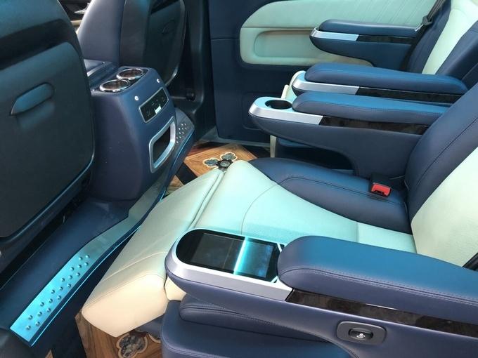 奔驰V250改装版商务车 高端商务舱新体验-图6