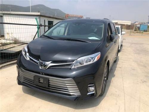 20款丰田塞纳3.5国六现车价格可贷款
