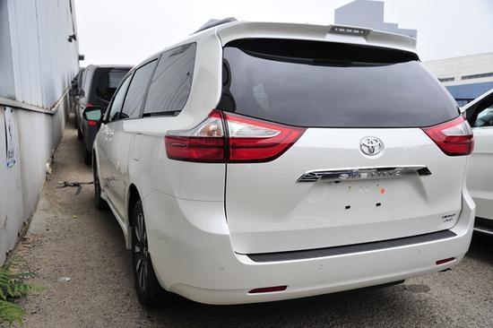 进口加规版丰田塞纳顶配报价港口性能超大空间上北京牌