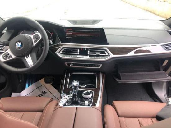 2020款宝马X7现车报价3.0T运动七座SUV